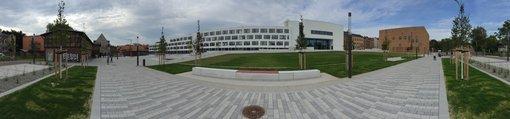 Panorama des geisteswissenschaftlichen Campus' in der Emil-Abderhalden-Straße